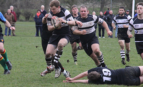 Ash Smith Dodges the Team Northumbria Defense
